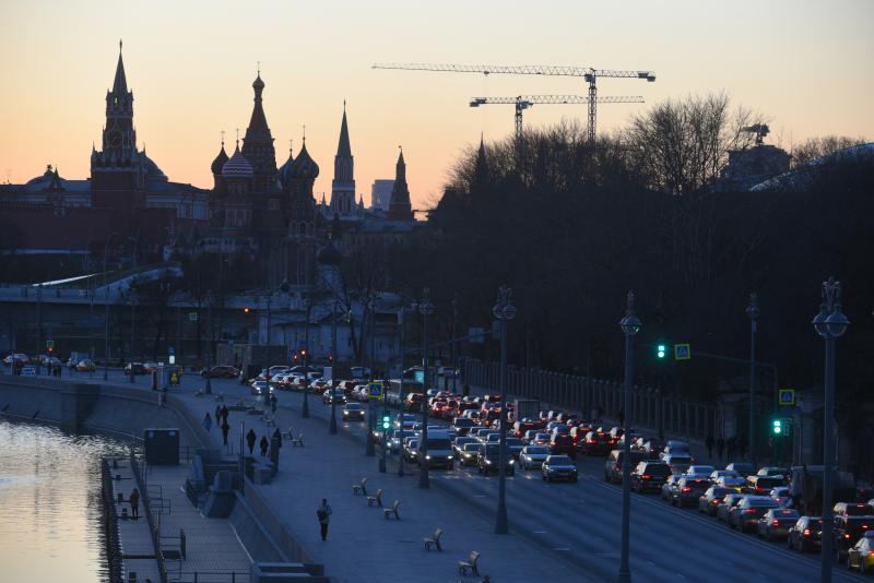 Дожди и низкое давление ждут москвичей в пятницу