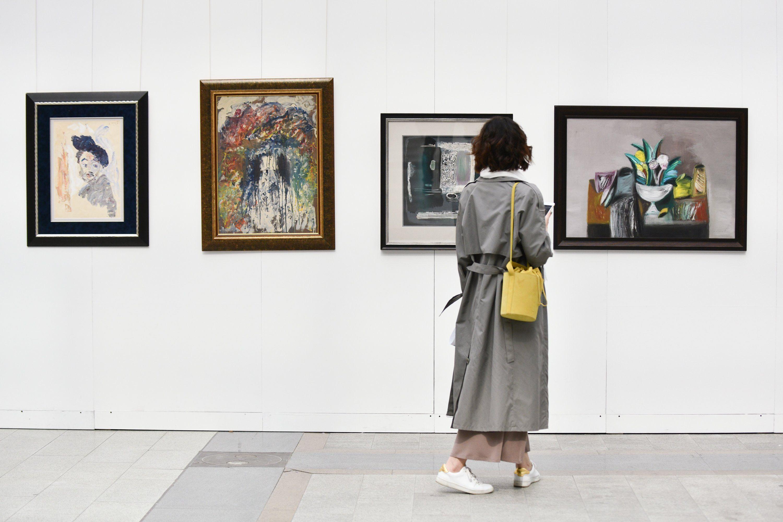 Художественная выставка в Рязановском ждет своих гостей