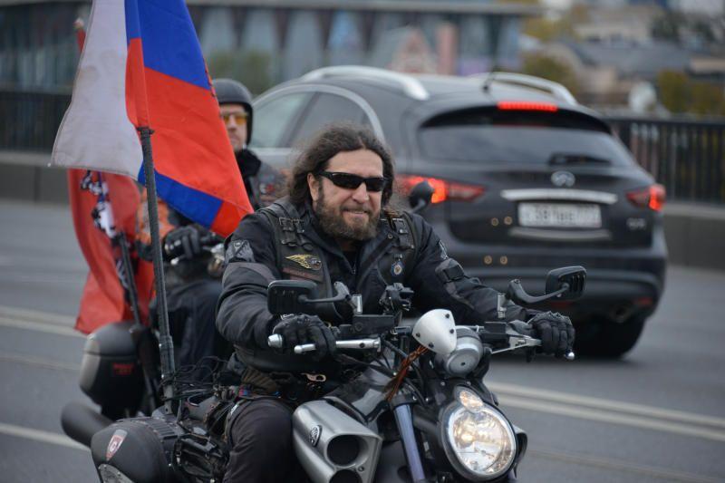 Московских мотоциклистов попросили не торопиться с открытием сезона