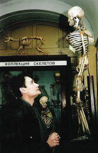 Говорит, что сросся со своим героем из сериала «Тайны следствия» — Владимиром Винокуровым. Фото из личного архива