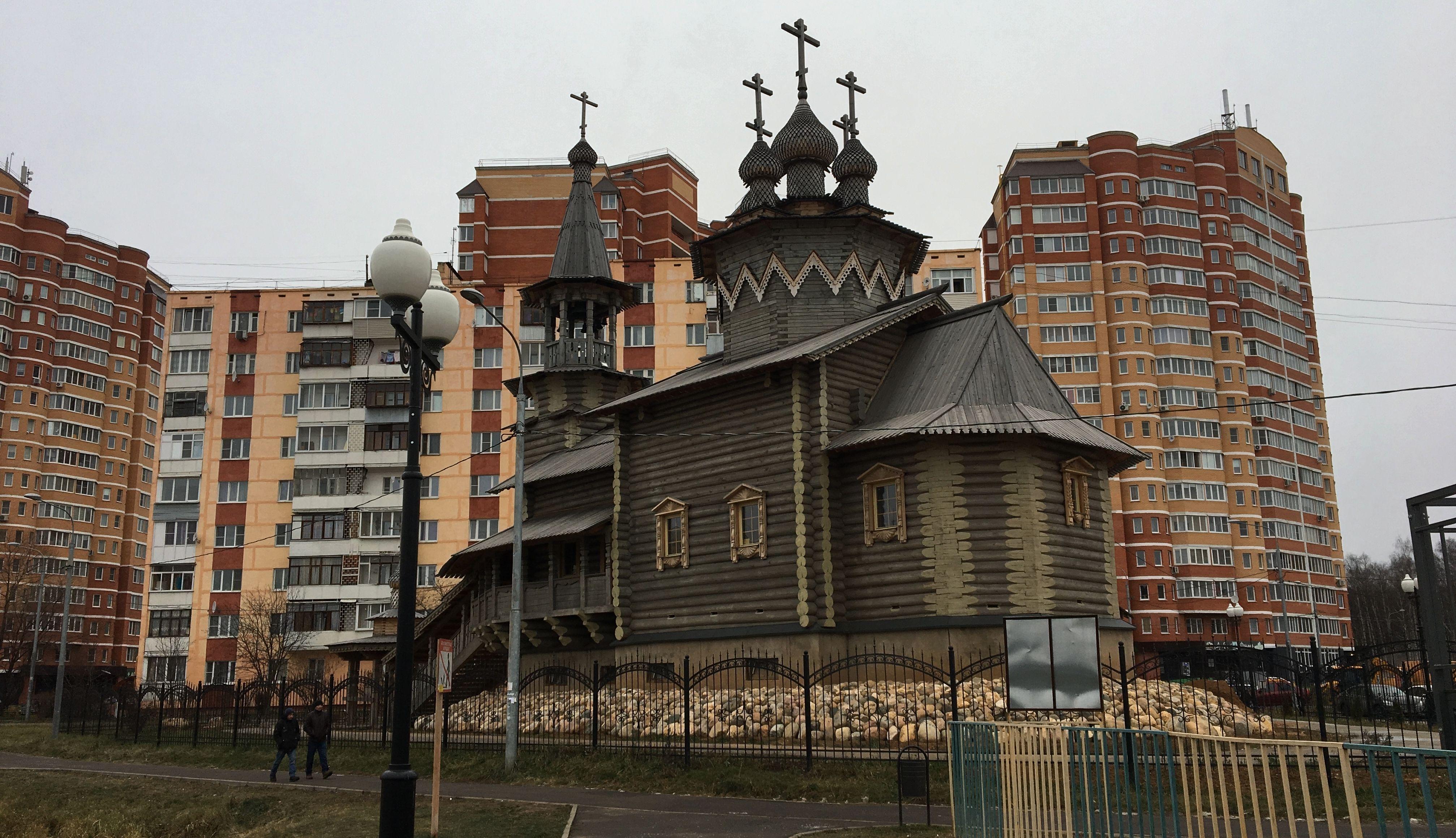 Последний этап работ завершат в новом храме Киевского