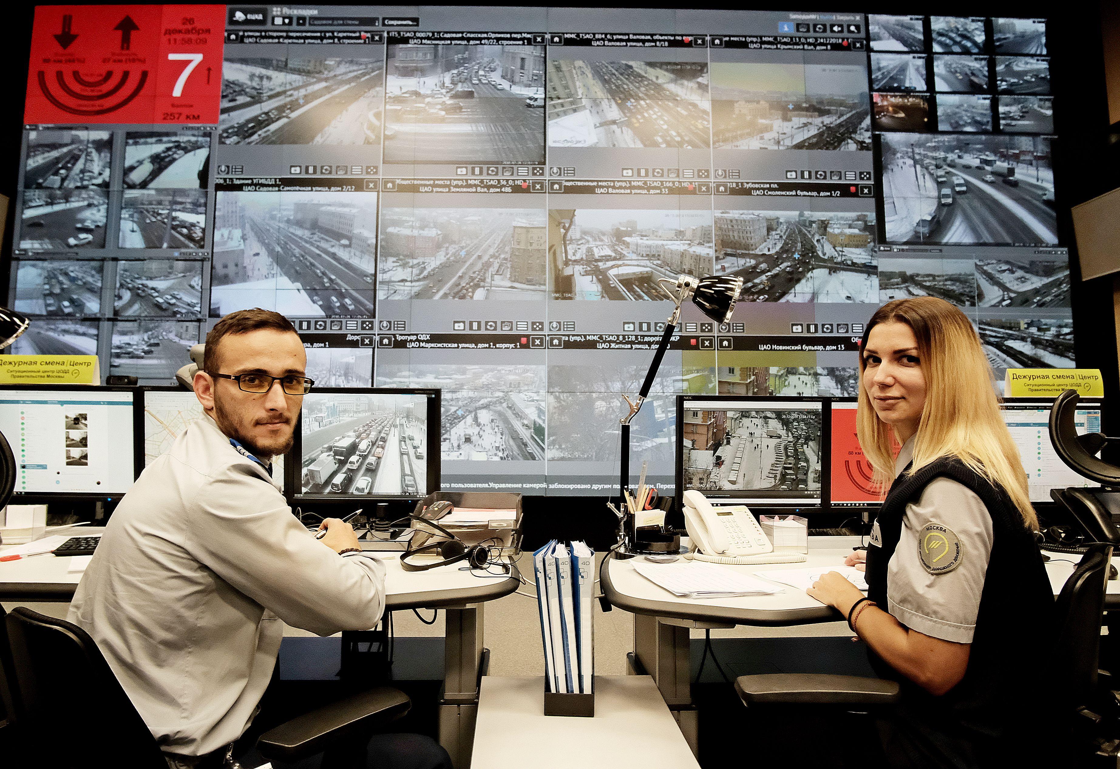 ЦОДД изменит режим работы светофоров в Москве