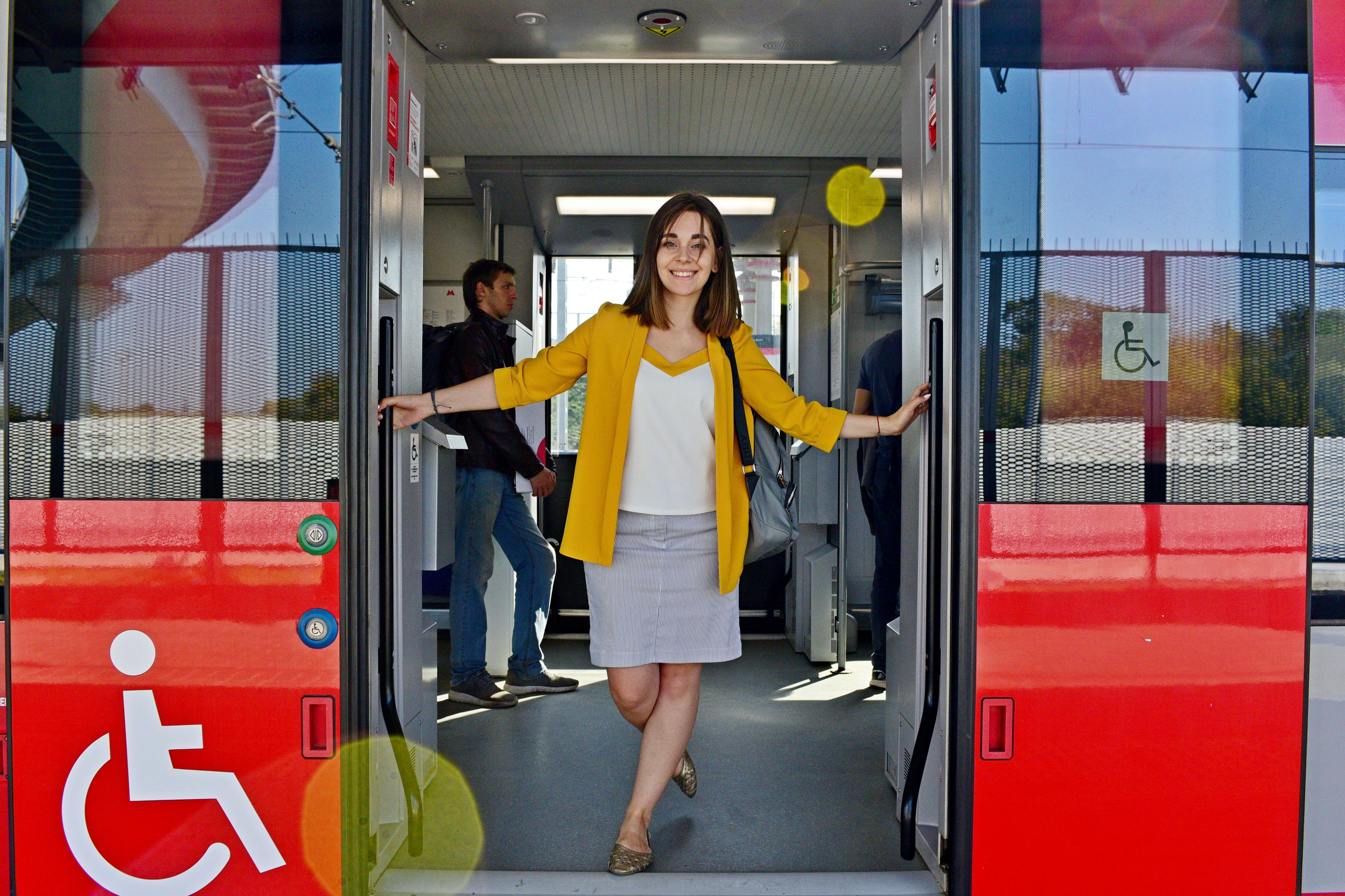 Пассажиров МЦК пригласили в вагоны тишины на зеленые сиденья