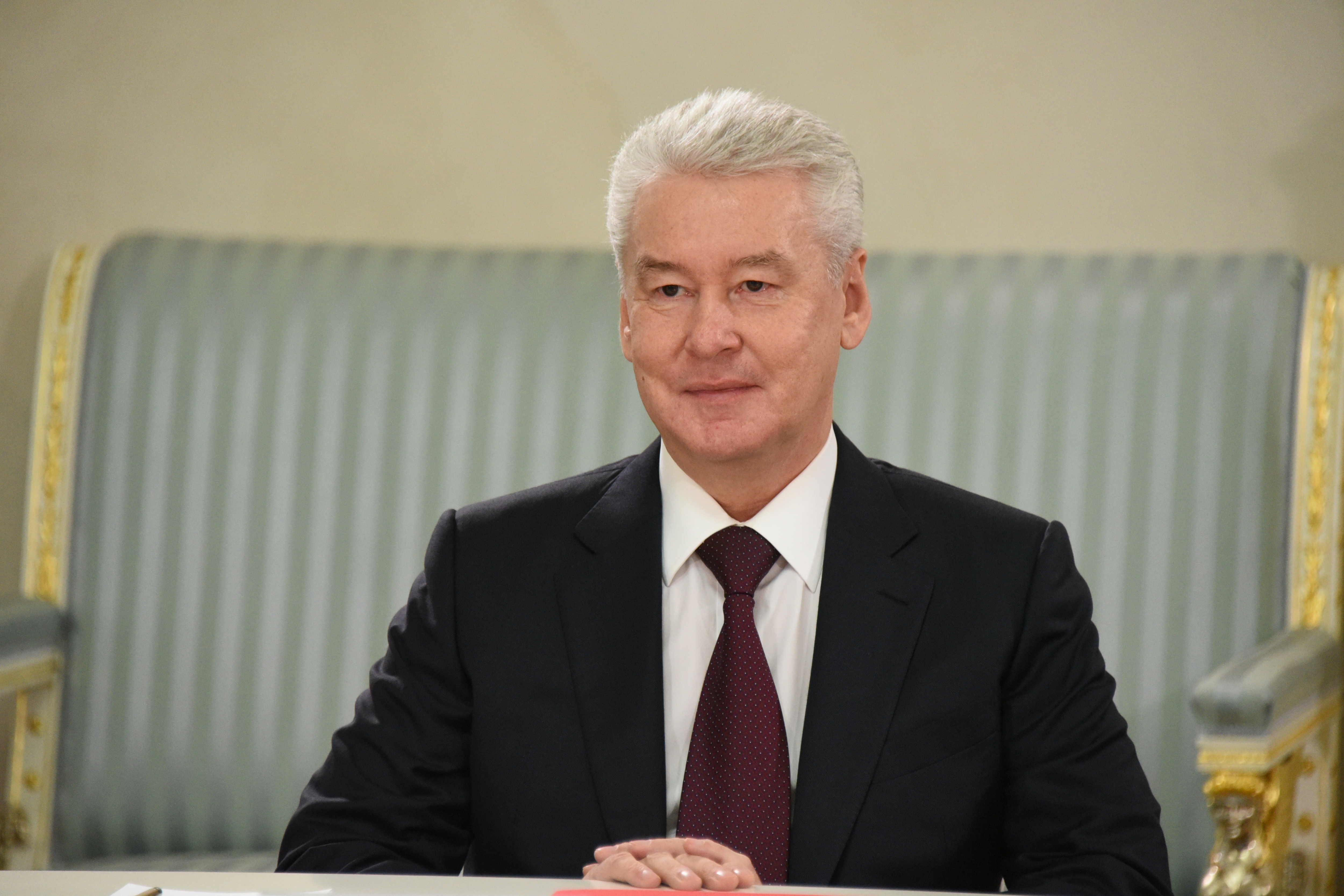 Сергей Собянин поздравил космонавтов с праздником