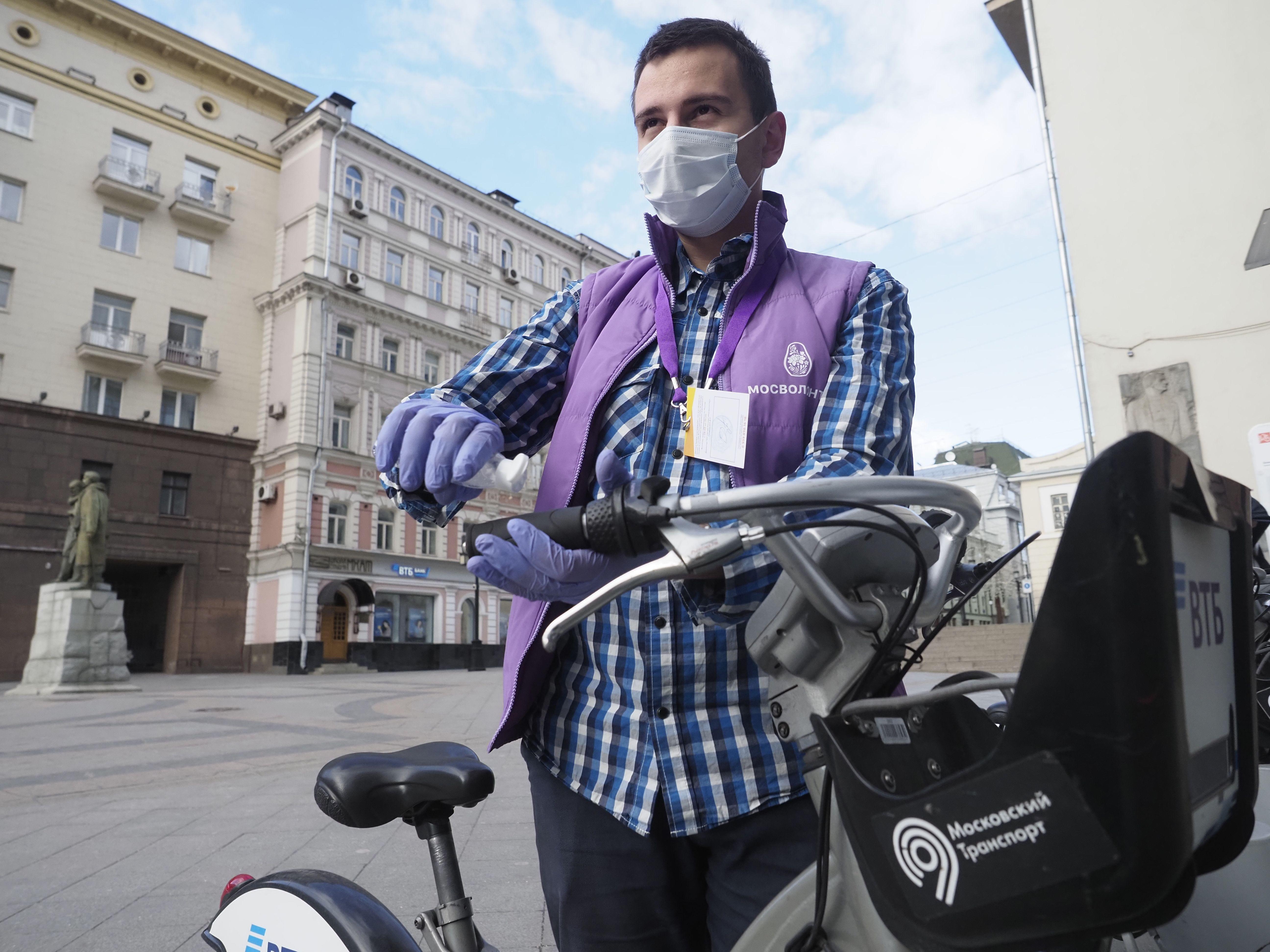 Проект «Московское долголетие» помог своим участникам в самоизоляции