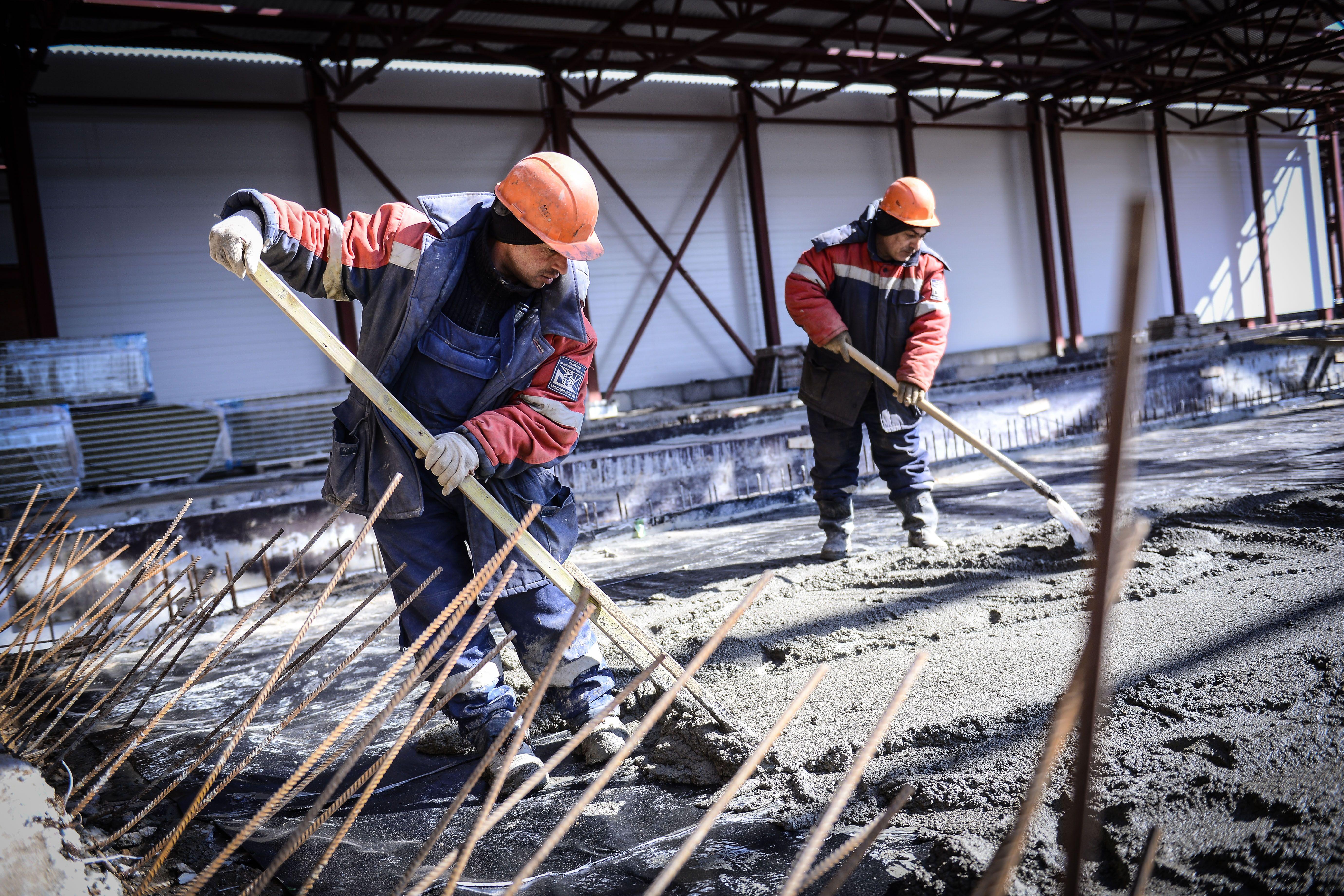 Строительство метромоста между станциями «Пыхтино» и «Внуково» началось в Москве