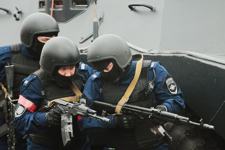 Грабителя с перцовым баллончиком задержали в Новой Москве