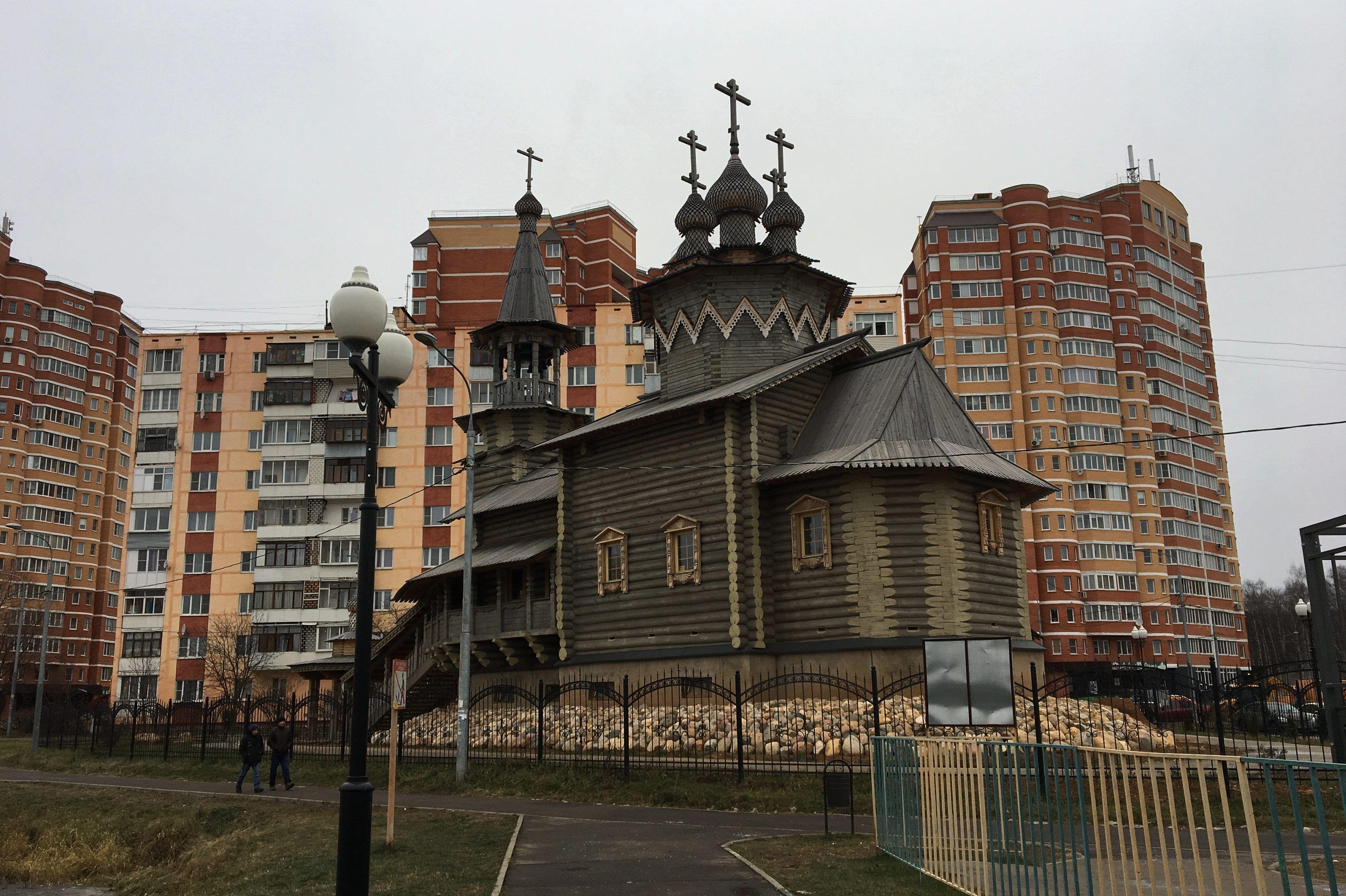 Отделочные работы завершили в храме в Киевском