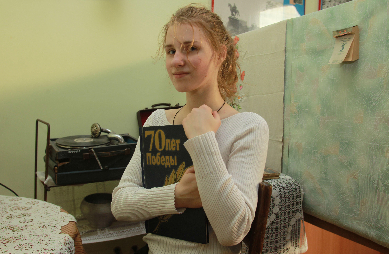 Более 700 школьников уже участвуют в поэтическом онлайн-проекте Мосгорпарка