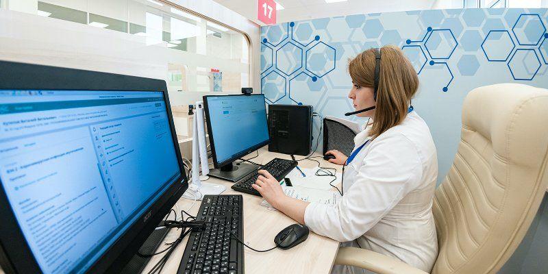Пациентам с COVID провели более 100 тысяч телемедицинских консультаций