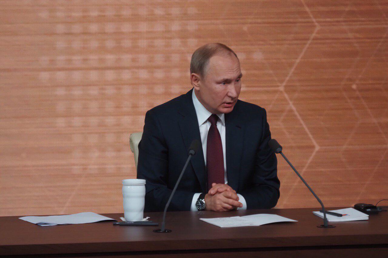 Владимир Путин объявил дату проведения парада Победы. Фото: Антон Гердо