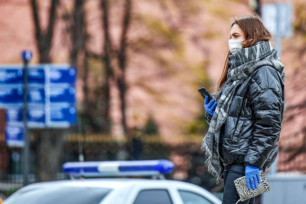 В Москве введен обязательный масочный режим