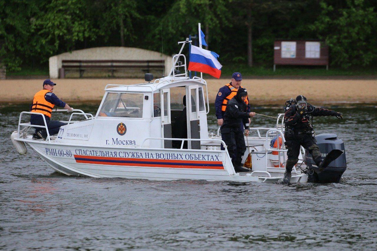 Водолазы обследовали водоемы московских зон отдыха. Фото: пресс-служба Управления поТиНАОДепартаментаГОЧСиПБ