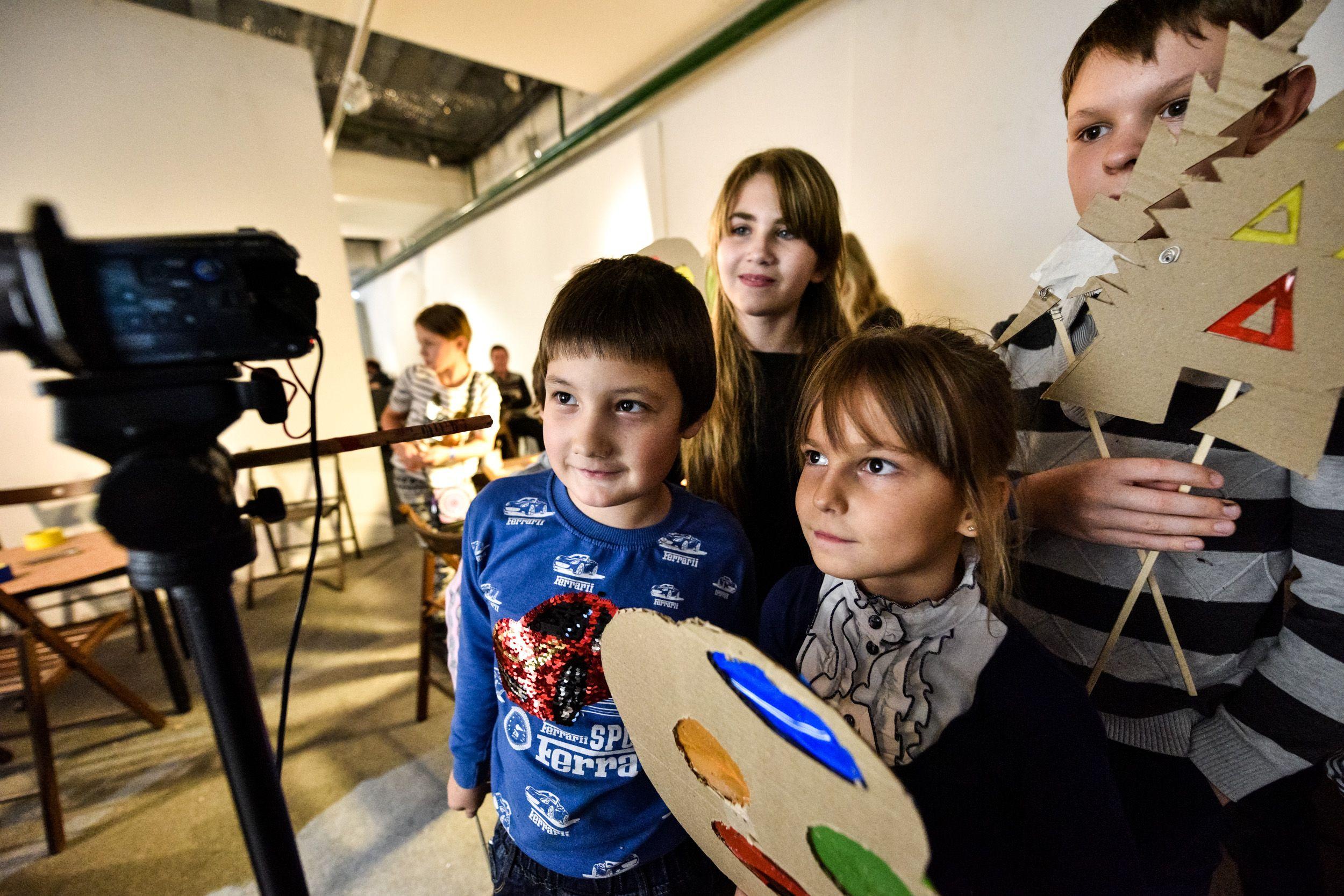 Свои работы на фестивале представили ребята из школьной студии «Мы — будущее». Фото: архив, «Вечерняя Москва»