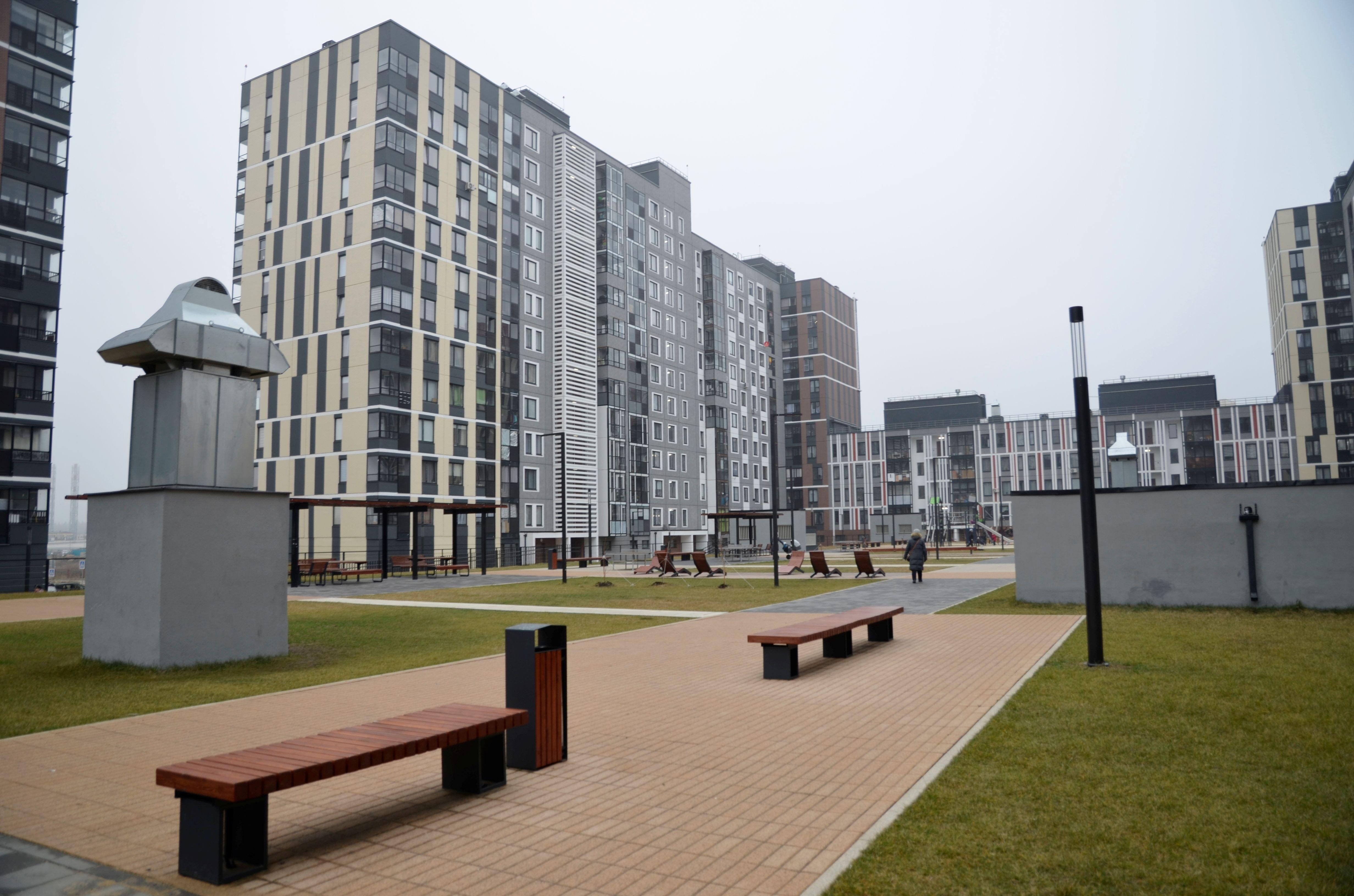 В первом поясе урбанизации Новой Москвы превалирующая часть — многоэтажные жилые здания. Фото: Анна Быкова