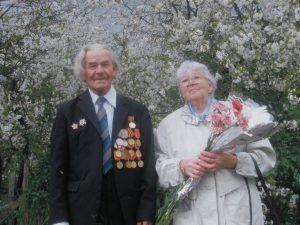 Его будущая жена Нина Макеева войну пережила в Калуге