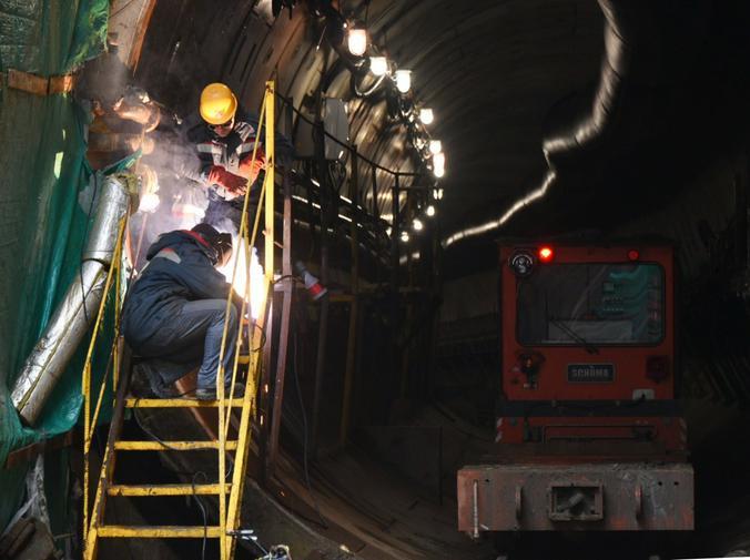 «Салатовую» ветку метро на севере Москвы продлят за МКАД под землей