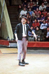 А в 27 лет писатель работал в цирке клоуном и был знаком с Юрием Никулиным. Фото: Юрий Сомов/РИА Новости