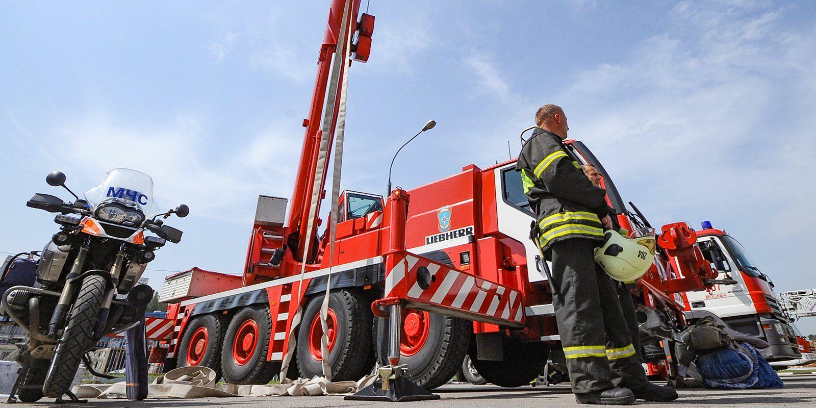 Опознавательные знаки обновят на восьми парковках для спецтехники в Роговском
