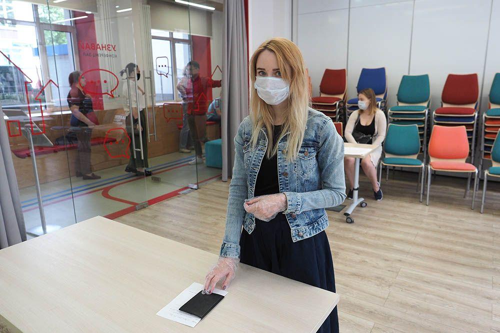Полную санитарную безопасность обеспечат голосующим на участках в Москве