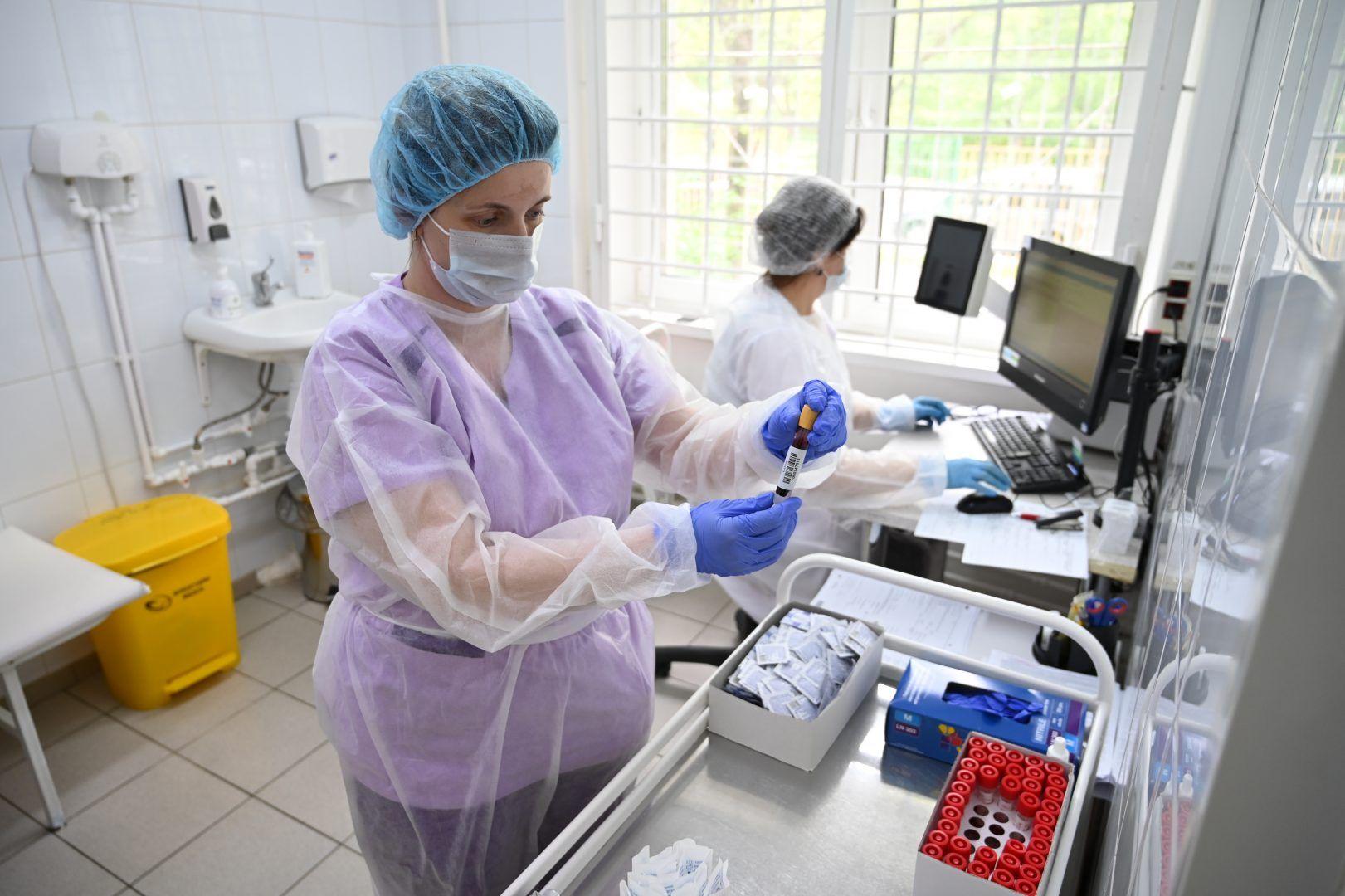 За последние сутки в больницу госпитализировали 13 человек. Фото: Алексей Орлов, «Вечерняя Москва»