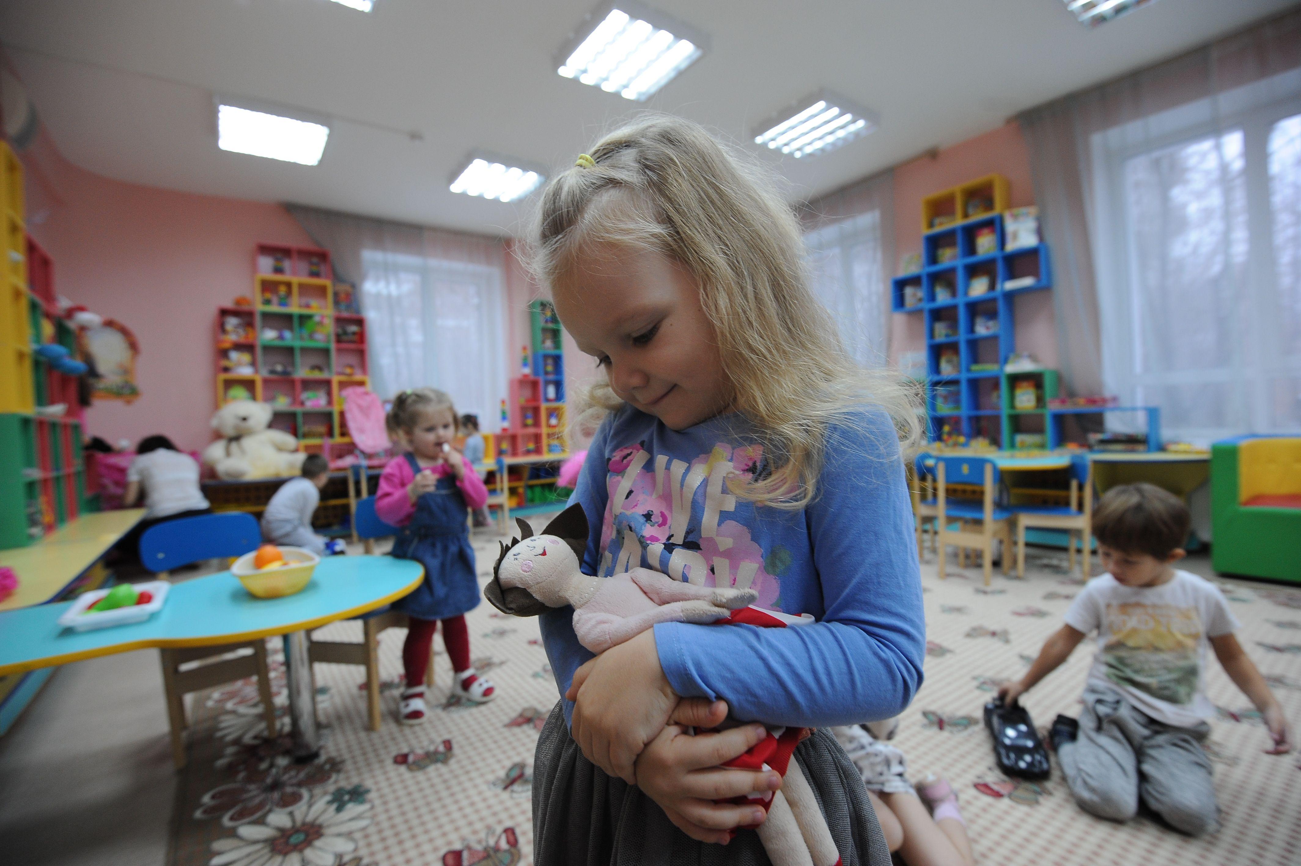 Пять детских садов почти на 1000 мест введут в эксплуатацию в Сосенском и Московском