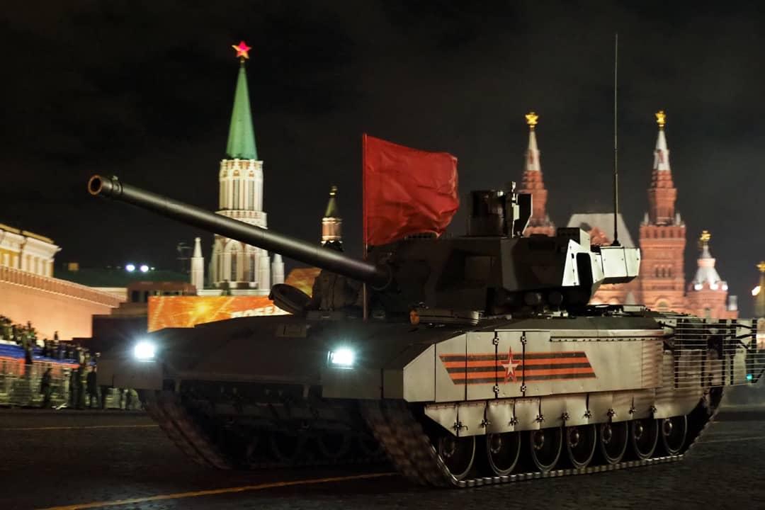 Ночную репетицию Парада Победы в Москве перенесли до середины июня