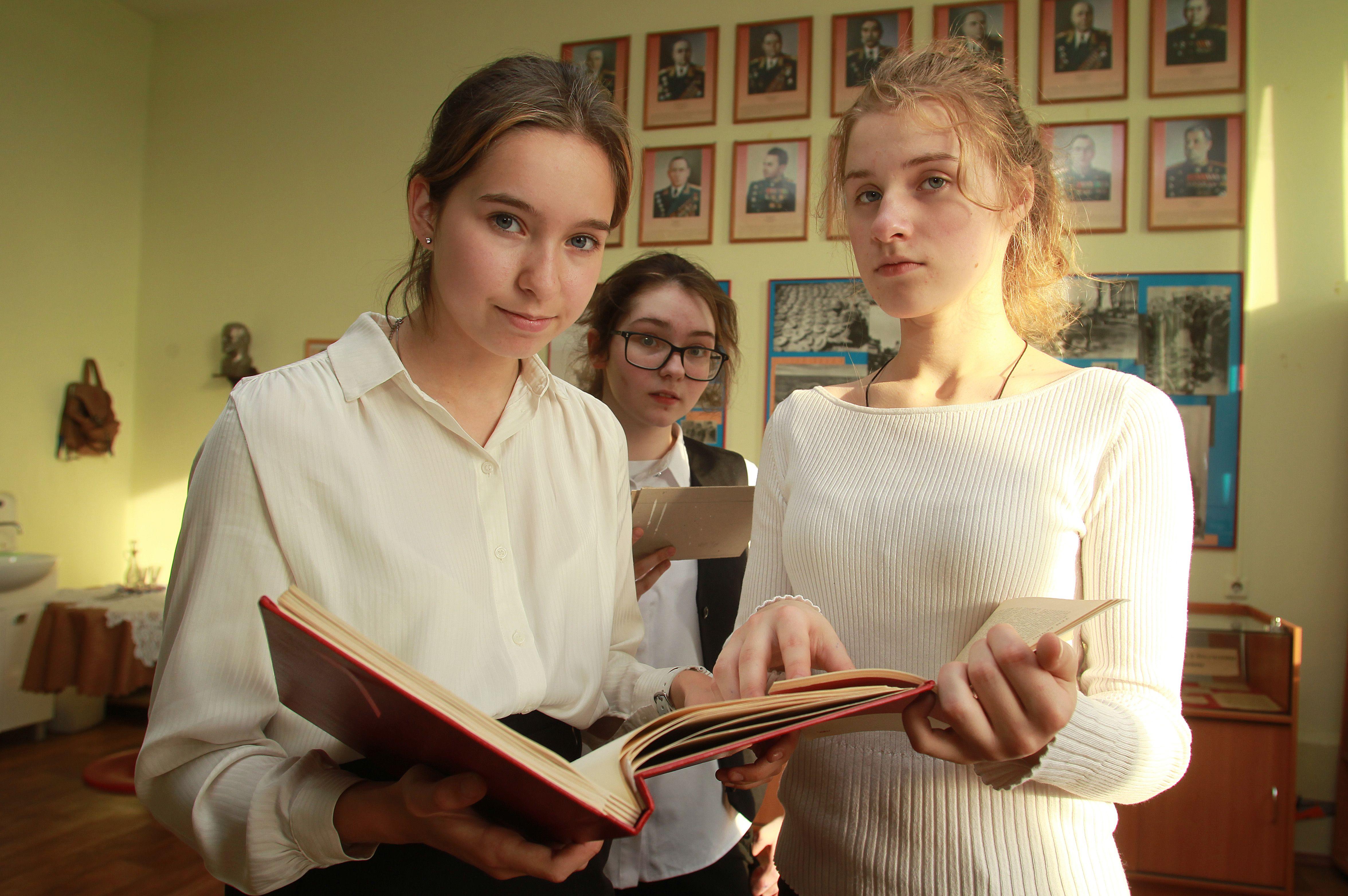 Ученица кадетского класса школы №1391 заняла второе место на олимпиаде по истории храмов