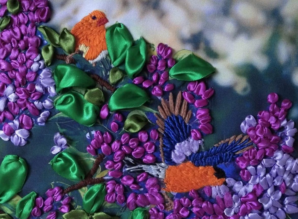 Картины из атласных лент: виртуальную выставку составили в Щербинке
