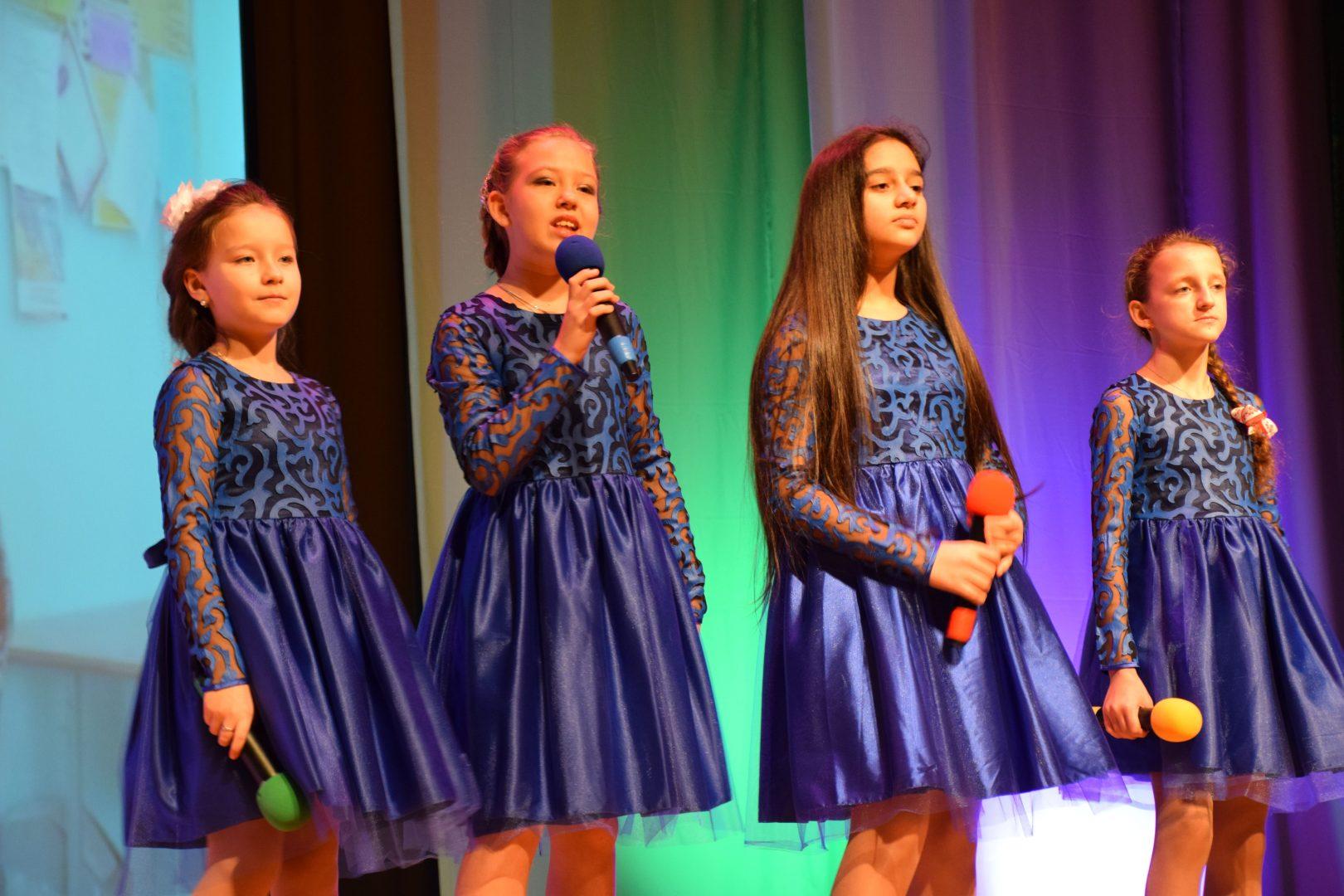 Запись концерта провели на сцене ДК. Фото: официальная страница ДК «Первомайское» в социальных сетях