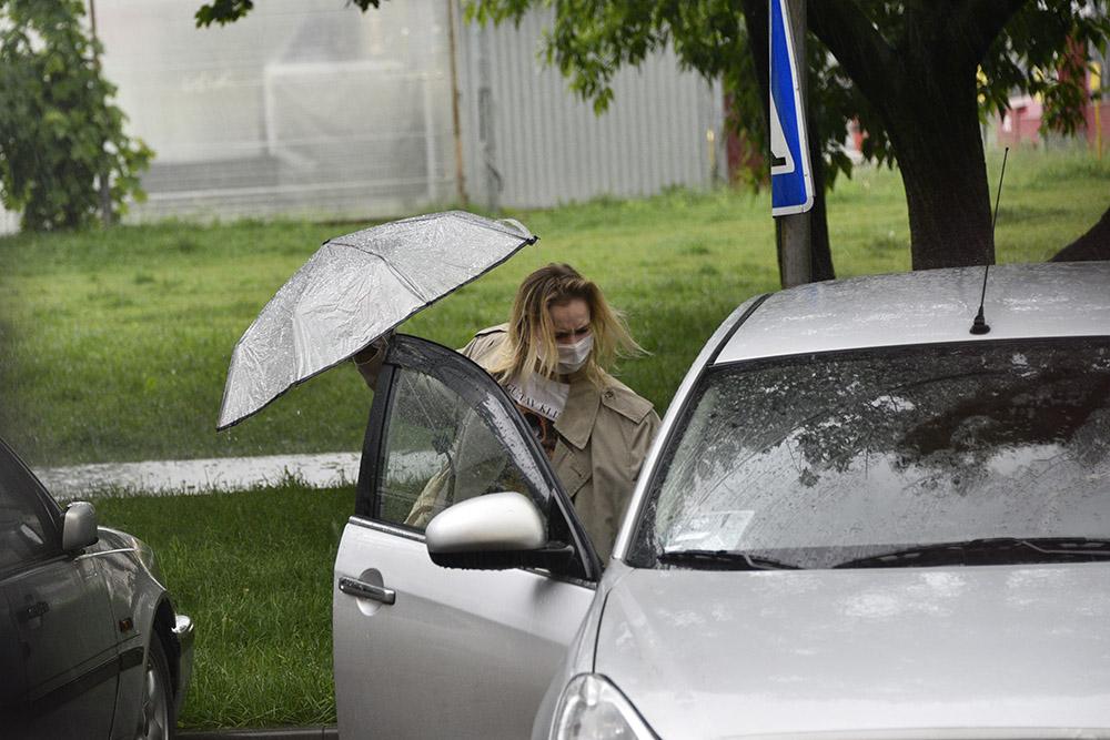 Московских водителей призвали к осторожности из-за грозы