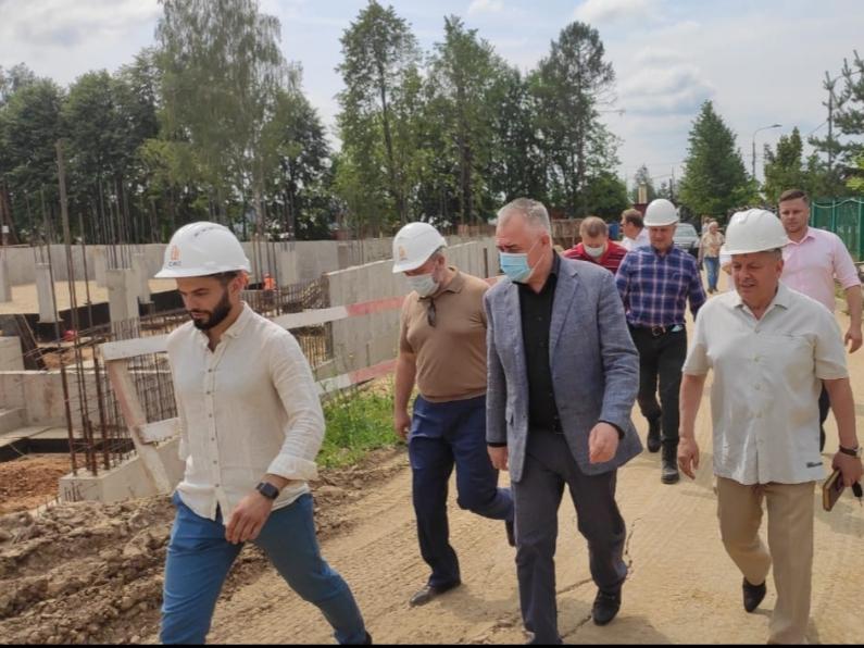 Определили сроки создания фундамента нового корпуса школы в Кленовском