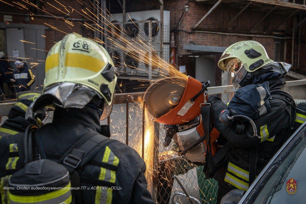 С начала года московские пожарные спасли 458 пострадавших