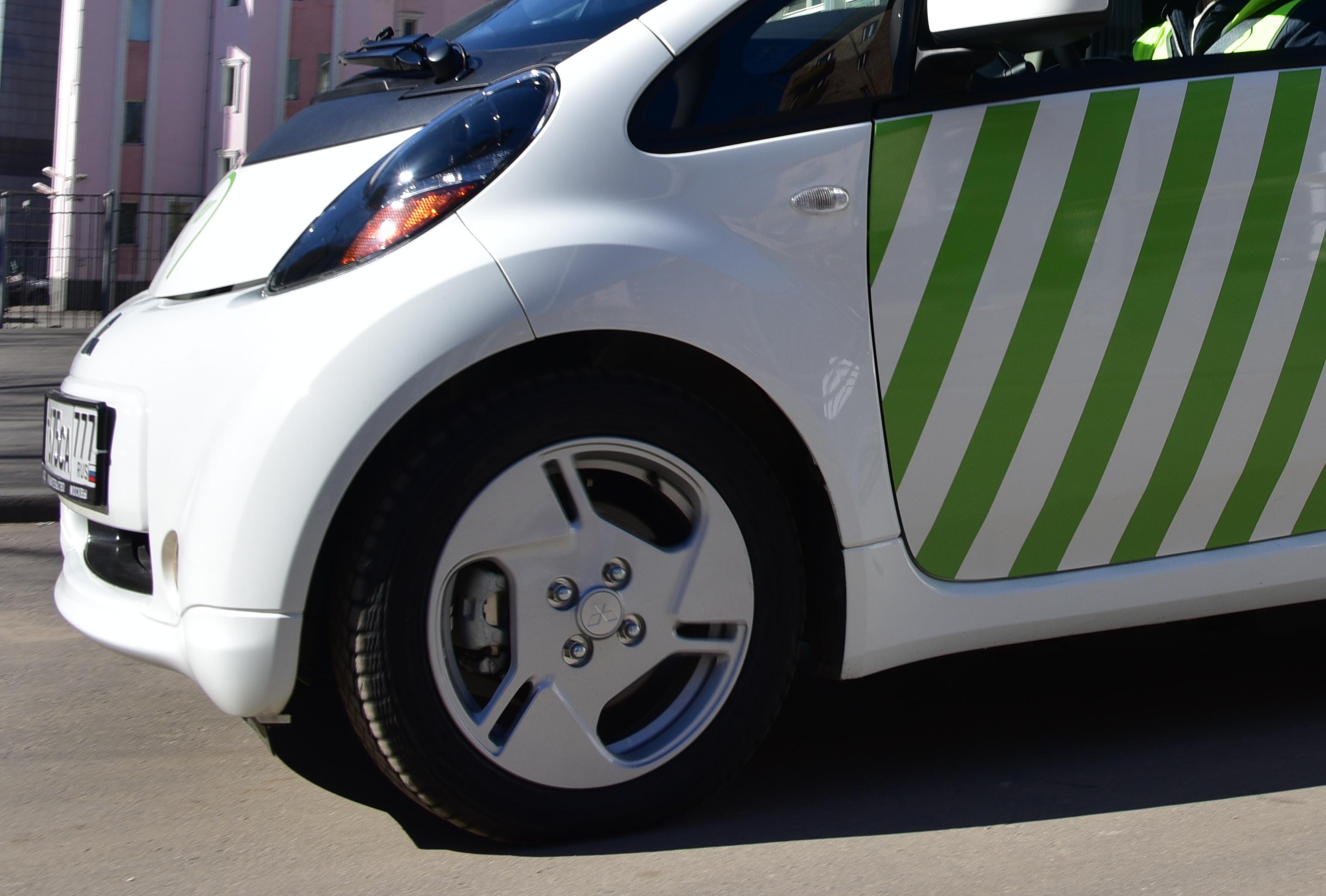 ЦОДД нанял маломобильного москвича для вождения паркона