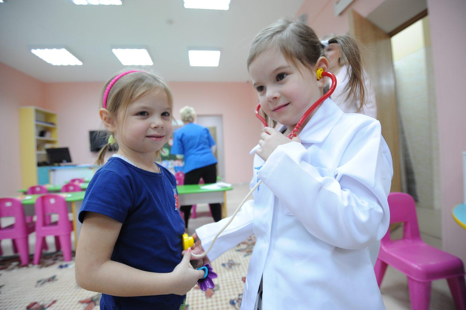 Для детей оборудовали физкультурный и музыкальный залы с кладовыми для хранения инвентаря. Фото: Пелагия Замятина, «Вечерняя Москва»