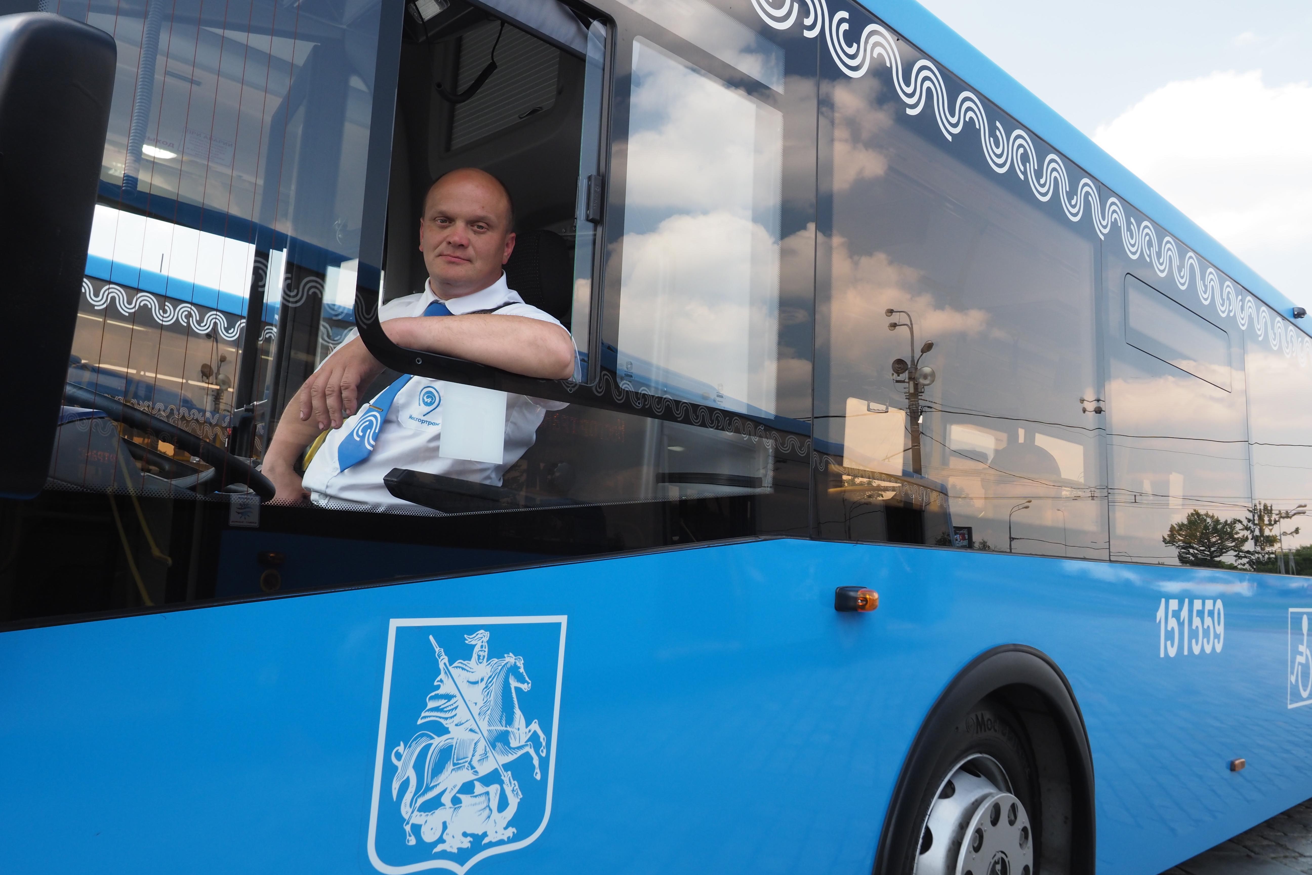 Бесплатные автобусы запустят в Новой Москве на время закрытия четырех станций метро