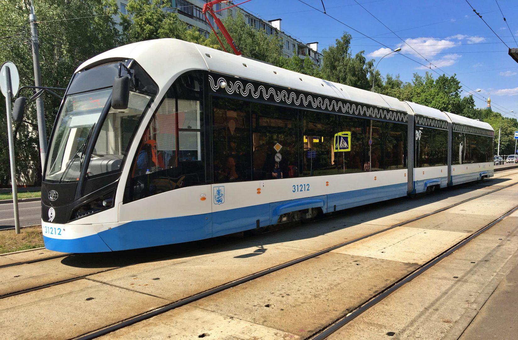 Депутат МГД Титов: Москва будет развивать новый вид транспорта — скоростной трамвай. Фото: Анна Быкова