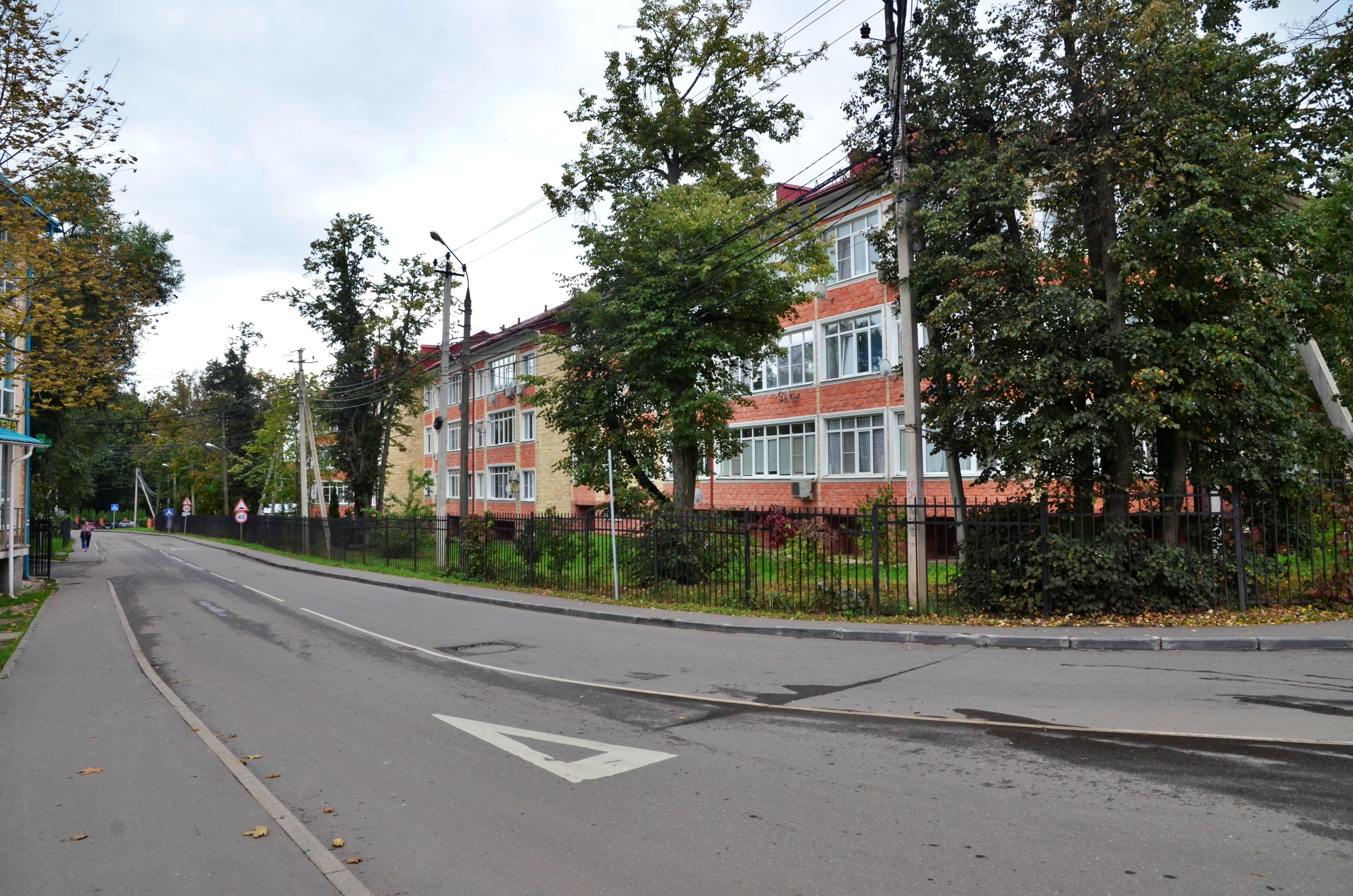 Облик дворов в поселении Первомайское улучшат