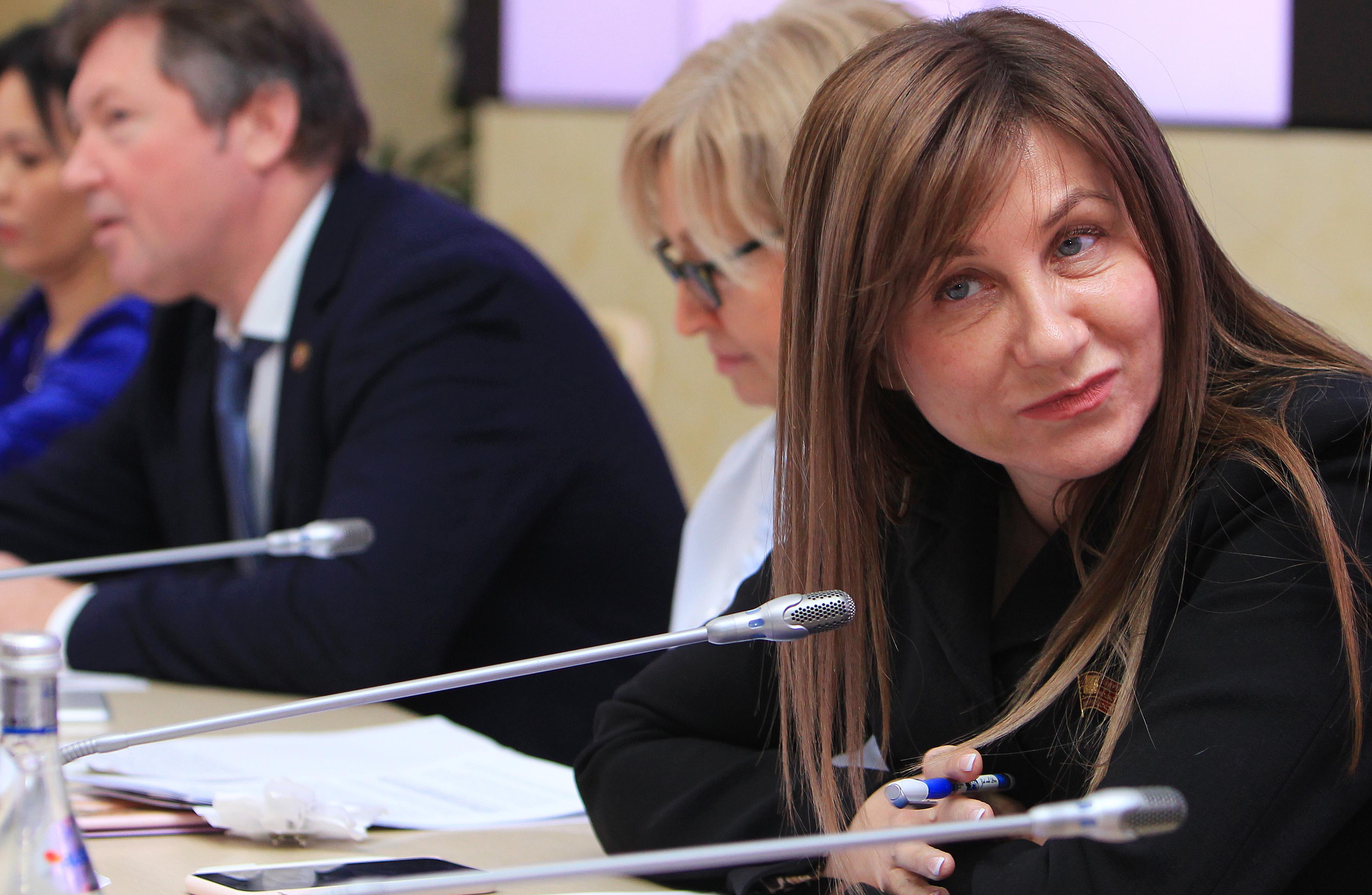 Депутат Лариса Картавцева напомнила о важности мер санитарной защиты