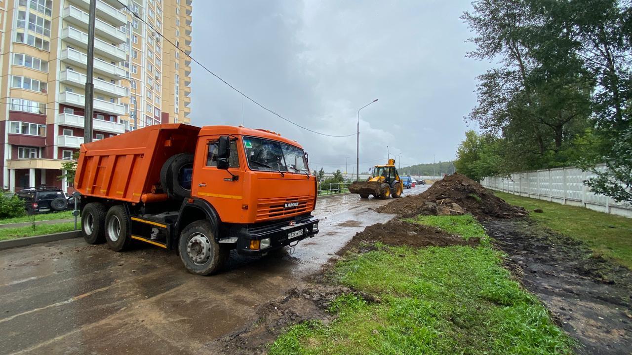 Проезжую часть для размещения парковочных карманов расширят во Внуковском