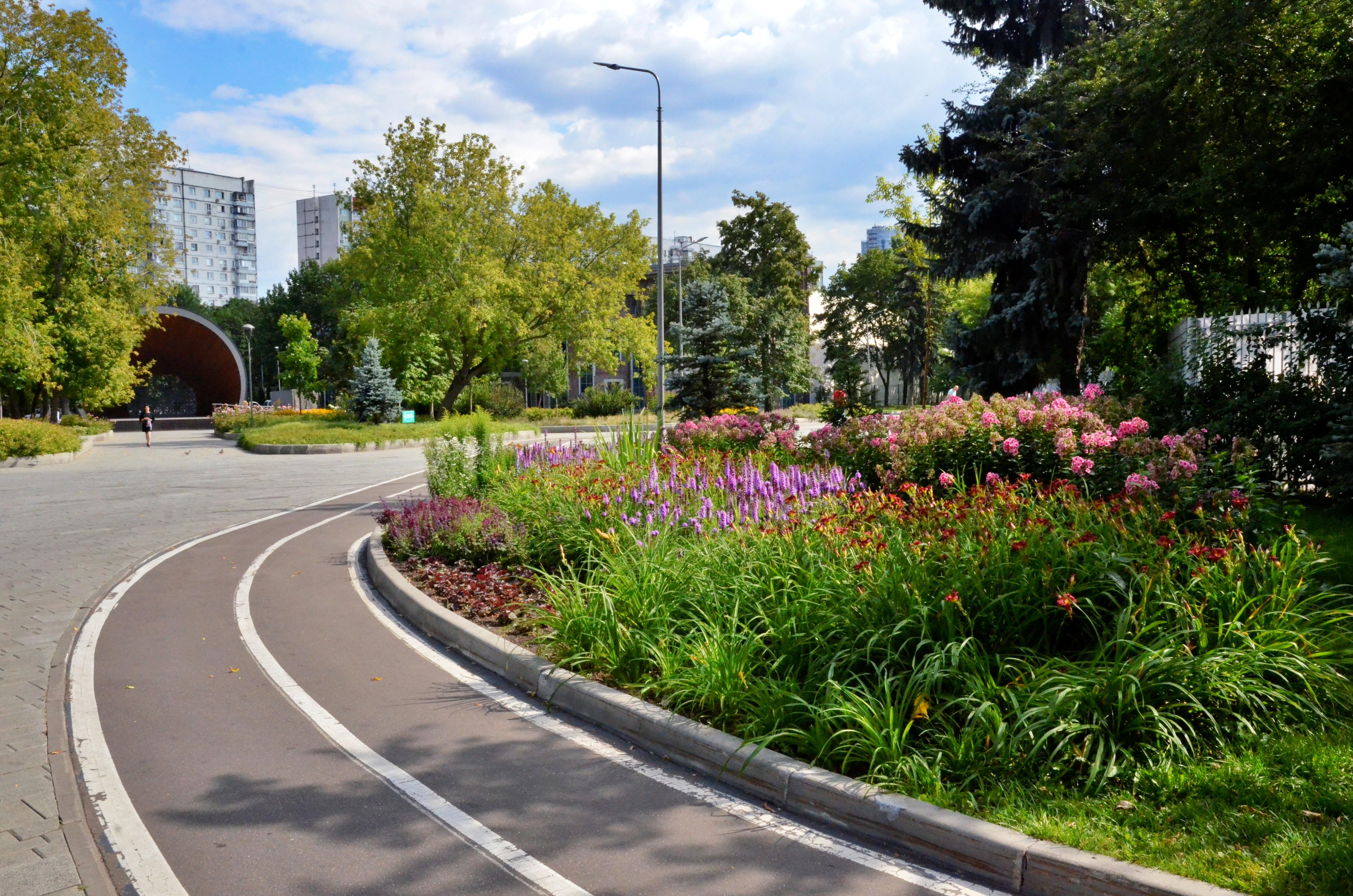 Депутат Мосгордумы Игорь Бускин рассказал о трансформации столичных парковых территорий
