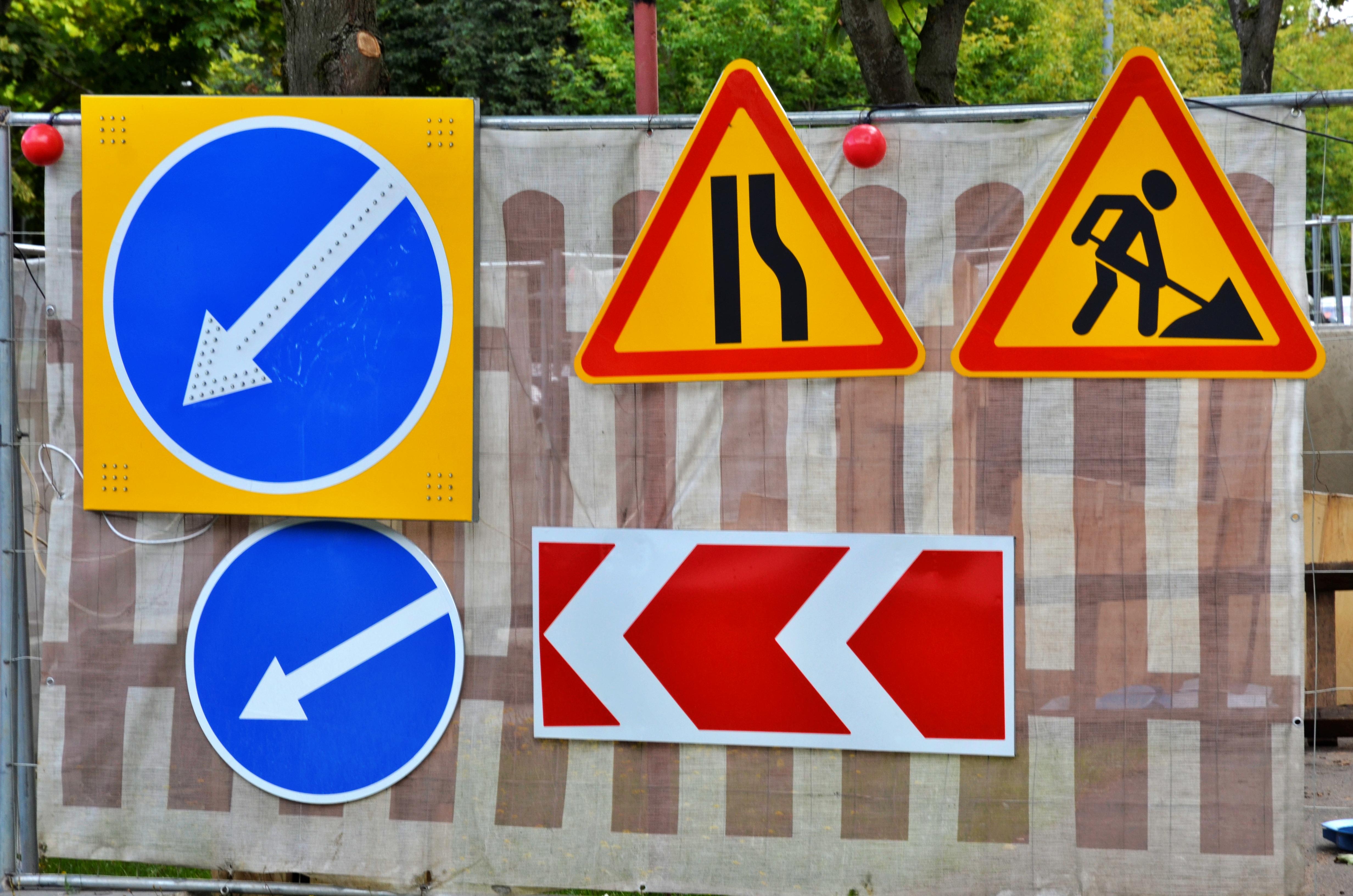 Более 7000 «квадратов» дорожного полотна обновили в Десеновском