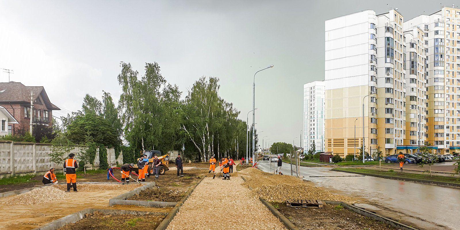 Благоустройство улицы Александры Монаховой возобновили в Коммунарке