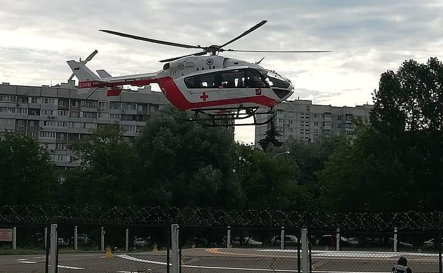 Жителя Новой Москвы экстренно эвакуировали дежурные санитарного вертолета