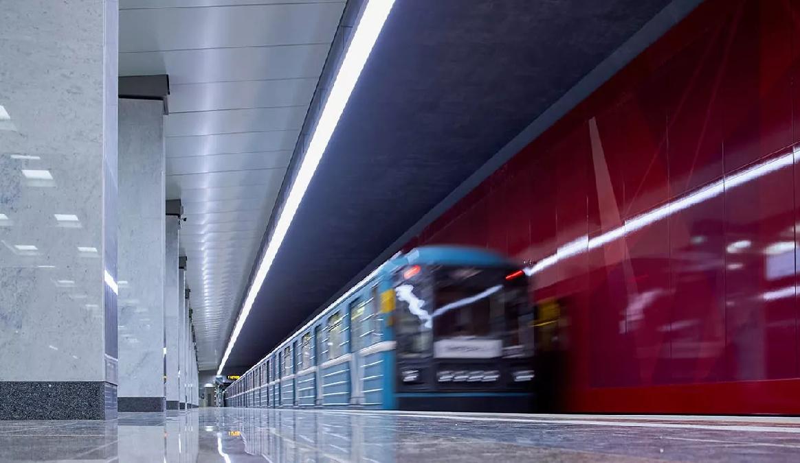 Четыре станции метро Сокольнической линии снова открыты для пассажиров