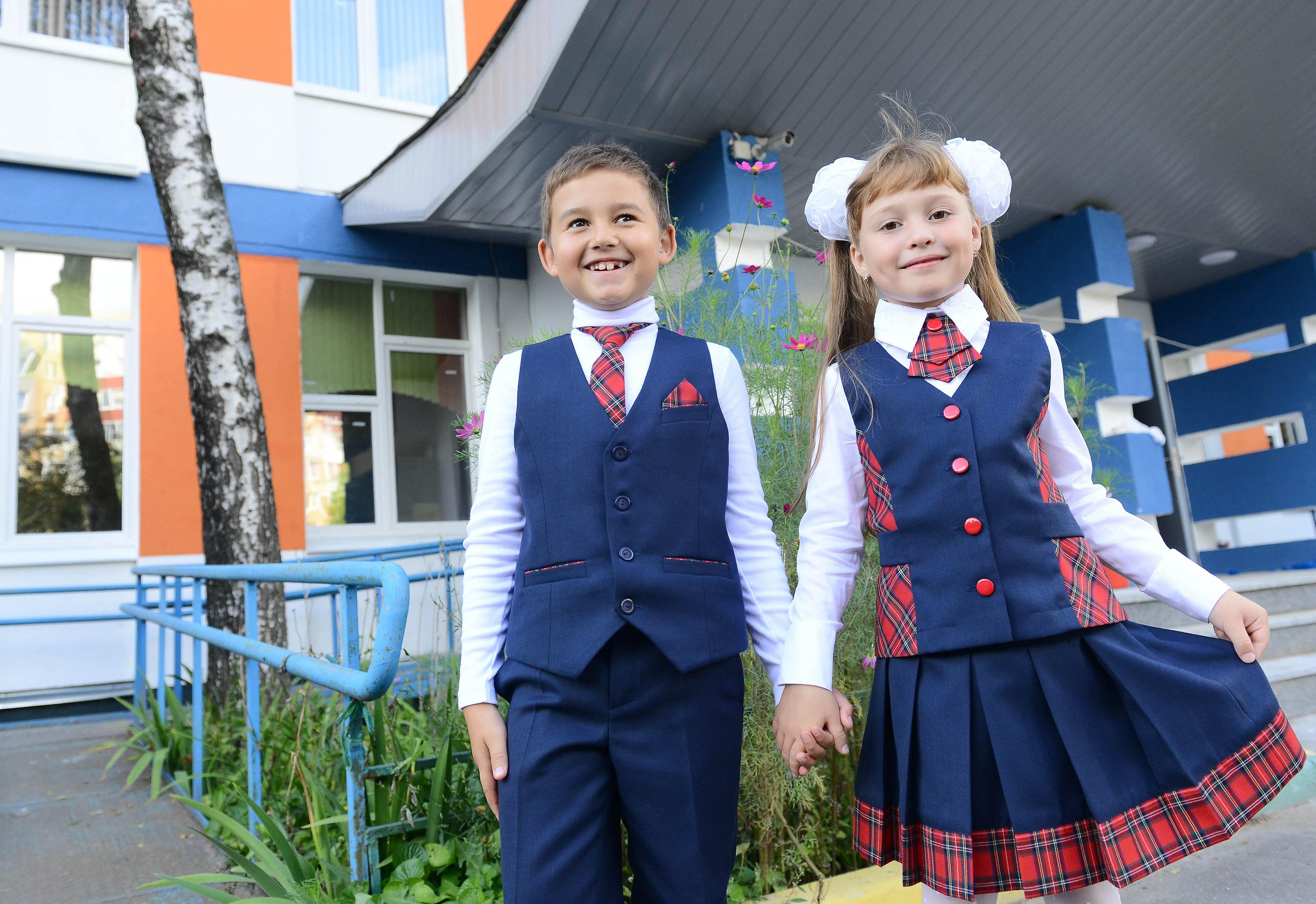 Скоро в школу: активисты из Сосенского организуют благотворительную акцию