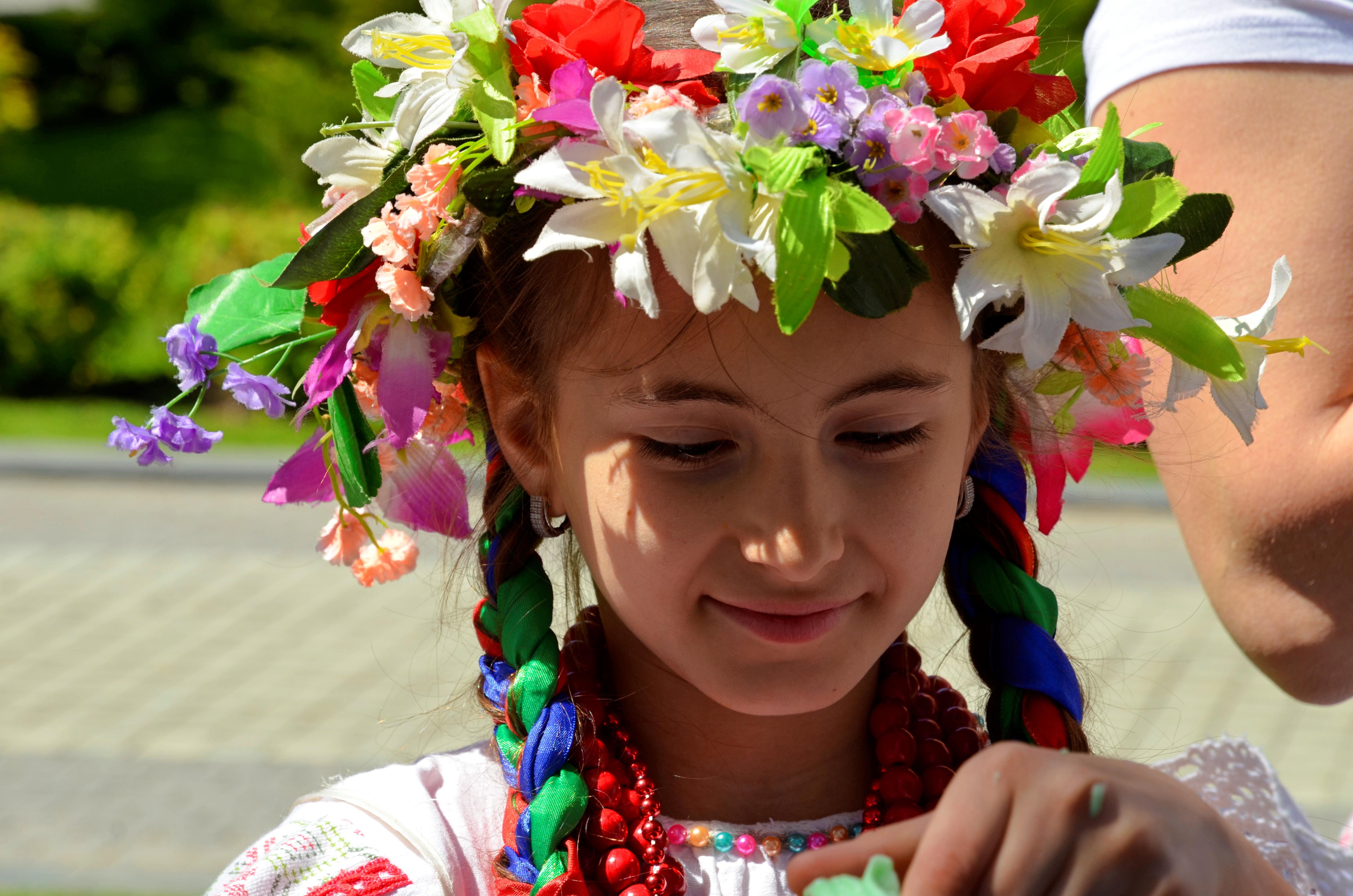 Онлайн-программу «Летний сказочный бал» подготовили для жителей Первомайского