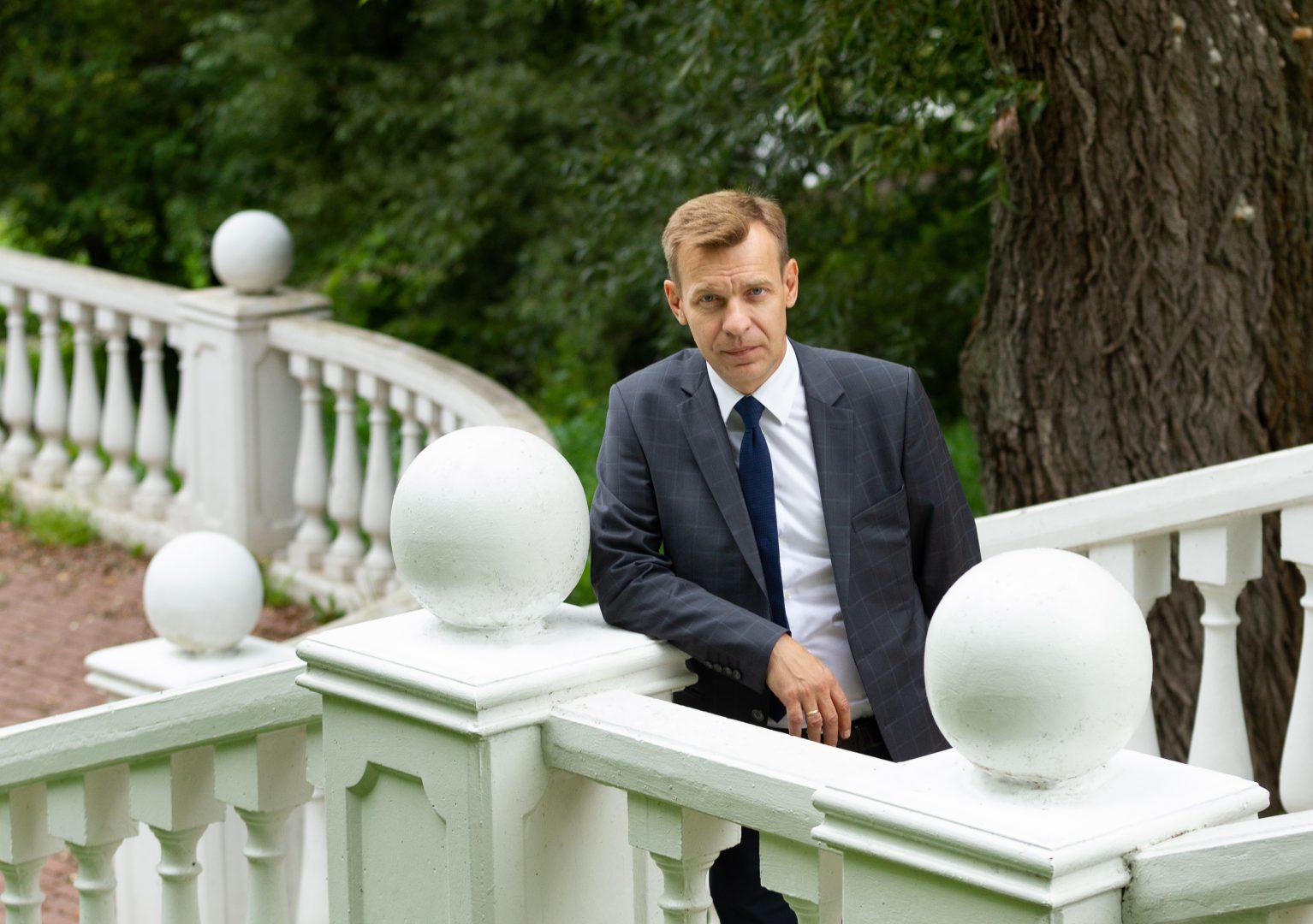 На фото: депутат Московской городской Думы Игорь Бускин