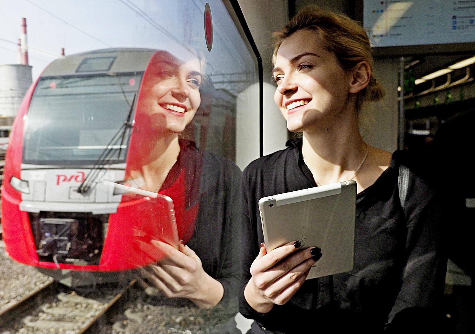 Пассажиры метро и МЦК выбрали имя для чат-бота