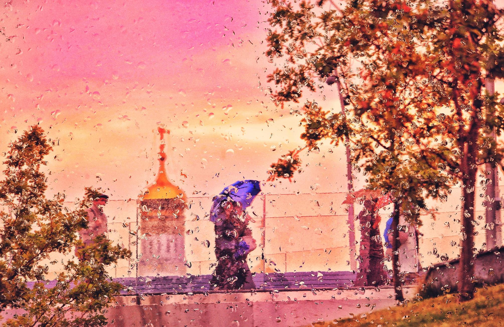 Москвичам «пригрозили» похолоданием и дождем после ясных выходных
